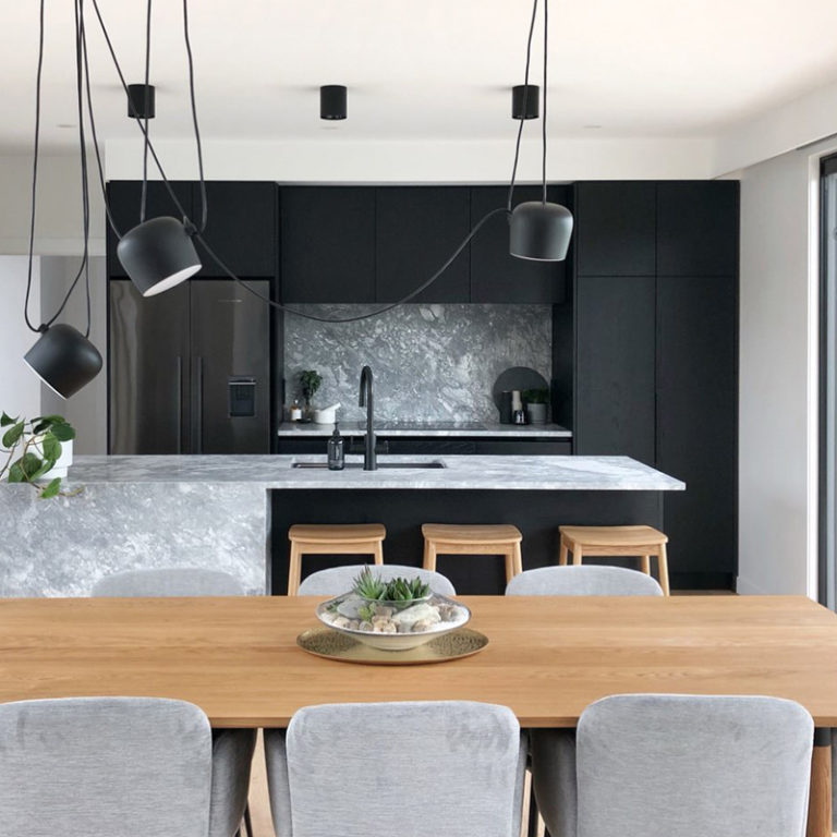 New-kitchen-by-Taylor-Made-Joinery
